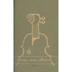 Notenbuch Oktav-Format hoch 12 Systeme 96 Seiten 17x27 cm Spiralbindung