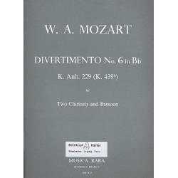 Mozart, Wolfgang Amadeus: Divertimento B-Dur Nr.6 KVAnh.229 : für 2 Klarinetten und Fagott Partitur mit Stimmen