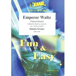 Strauß, Johann (Sohn): Emperor Waltz : für 3 Klarinetten und Bassklarinette (Keyboard und Schlagzeug ad lib) Partitur und